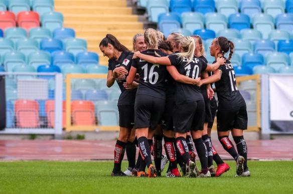 2018-08-19 Kopparbergs/Göteborg FC - Djurgårdens IF FF